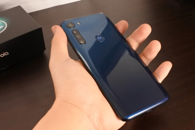moto g8 powerは重量が重い