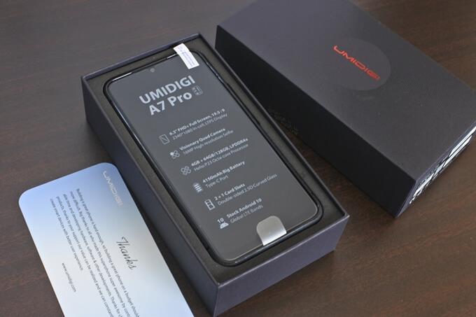 UMIDIGI A7 Proの外観レビュー3